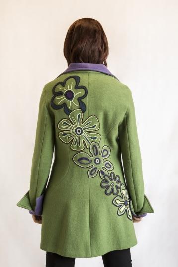 cappotto verde viola dettaglio
